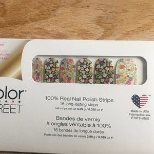 Color Street RETIRED Daisy Me Rolling Nail Strips